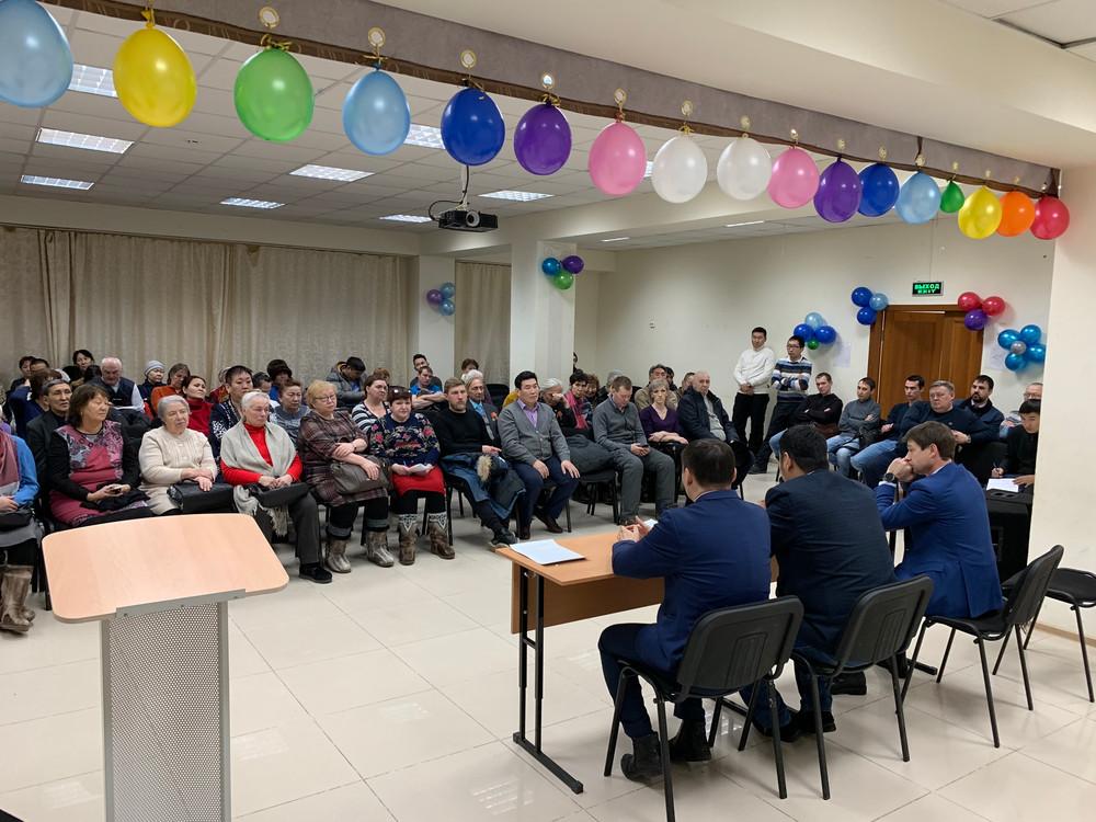 Владимир Федоров провел собрание жильцов многоквартирных домов Сайсарского округа