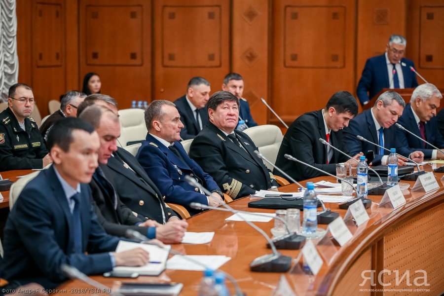 Владимир Солодов: Ежегодно в Ленском бассейне водным транспортом перевозится порядка 3 миллионов тонн грузов