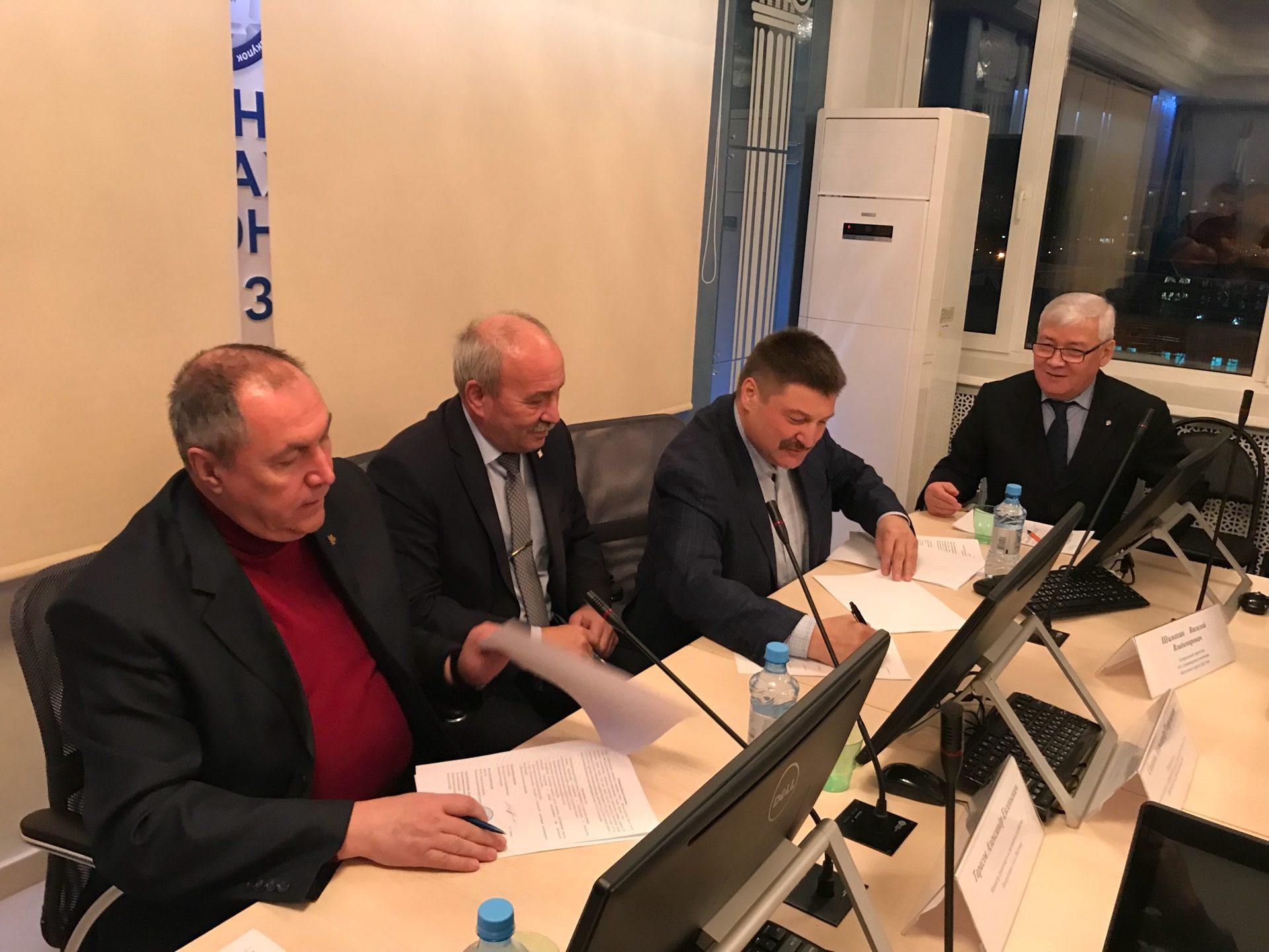 Подписан акт определения технической готовности к эксплуатации железнодорожного участка Томмот – Нижний Бестях