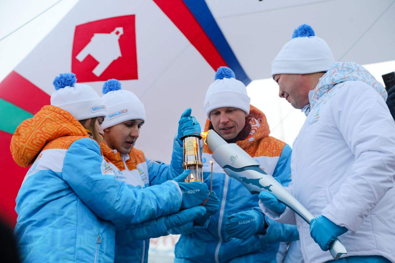 В Якутске дан старт эстафете огня I зимних Международных спортивных Игр «Дети Азии»