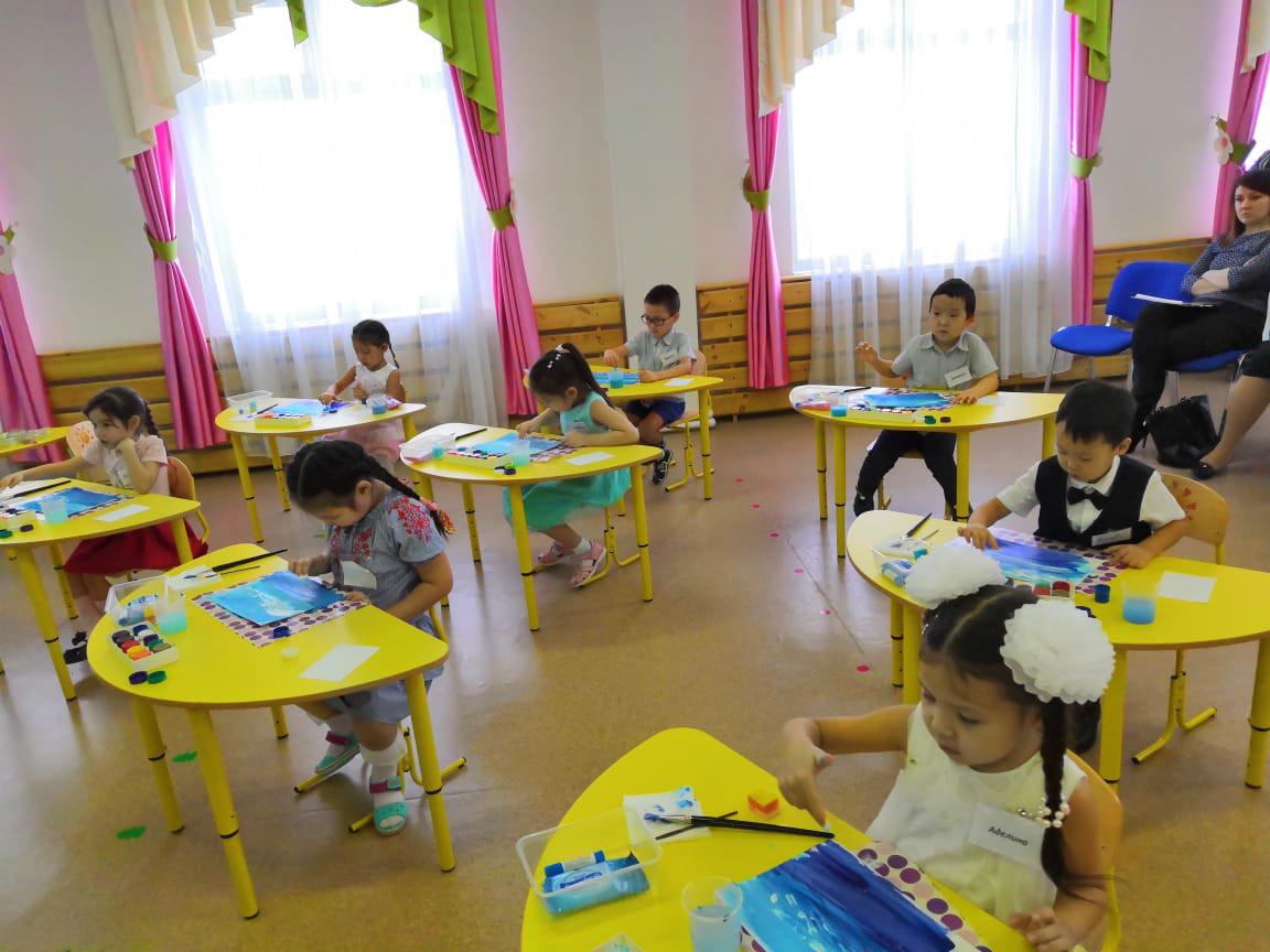 Выбран лучший педагог дошкольного образования г. Якутска
