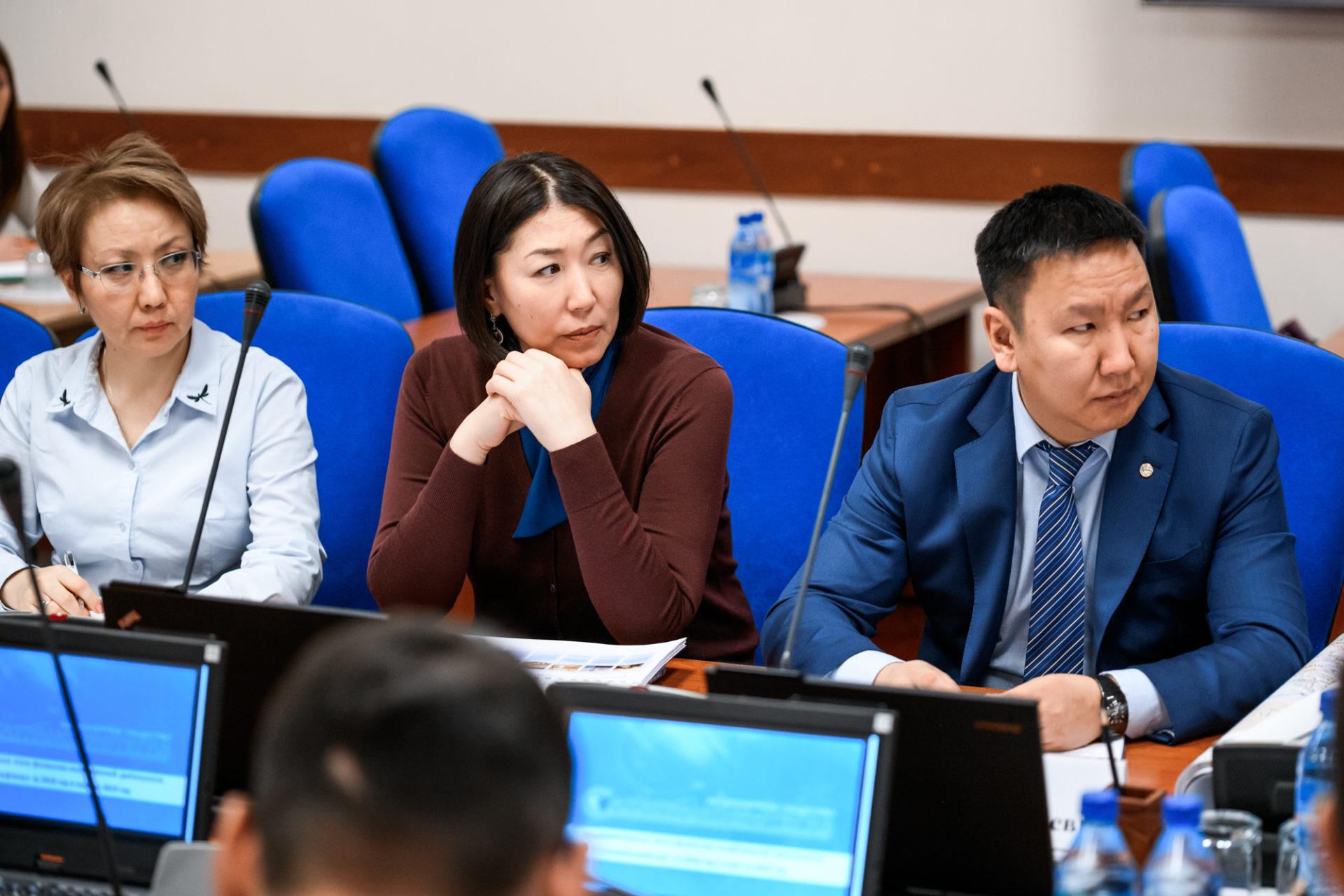 Глава Якутии проверил итоги работы «Сахатранснефтегаза» за год