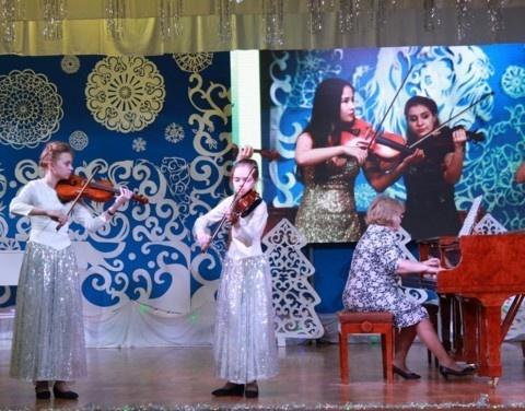 Конкурс «Новые имена Якутии» раскрывает таланты молодых исполнителей