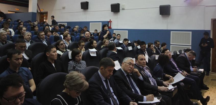 Отчет правительства Якутии за 2018 год принят жителями Хатассов, Табаги и Пригородного
