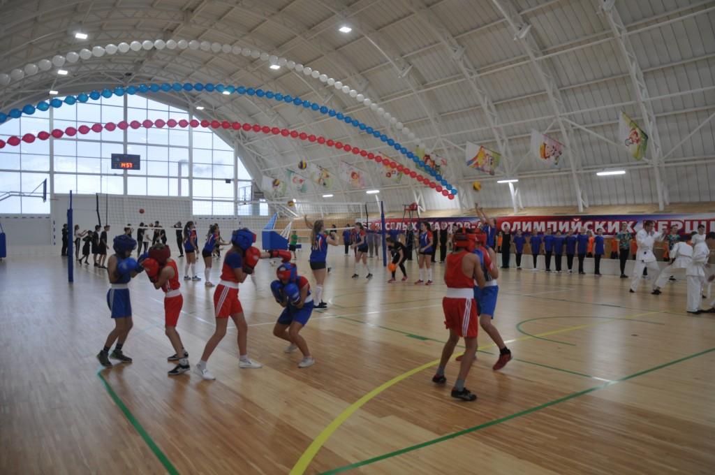 По партийному проекту «Единой России» будут отремонтированы шесть школьных спортзалов