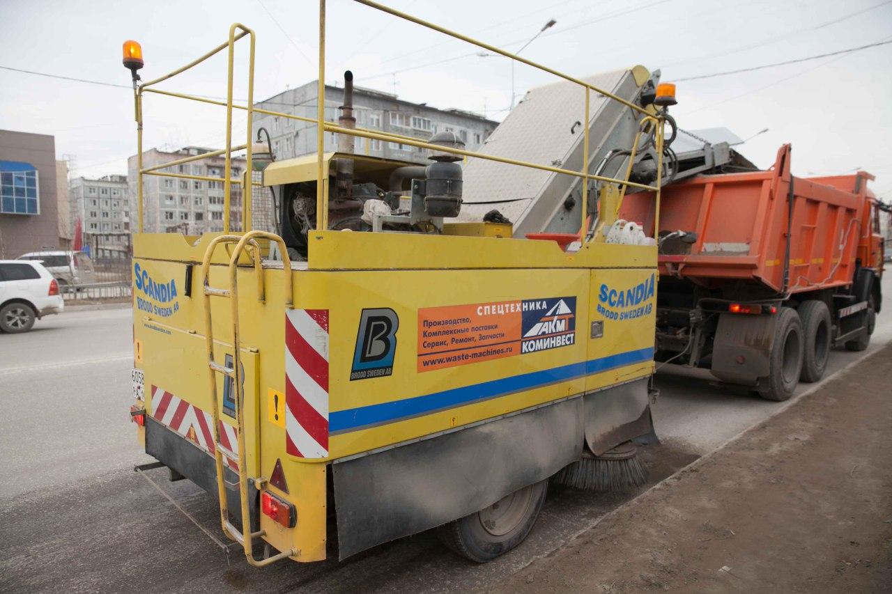 В Якутске завершился вывоз снега, на уборку улиц вышли «пылесосы»