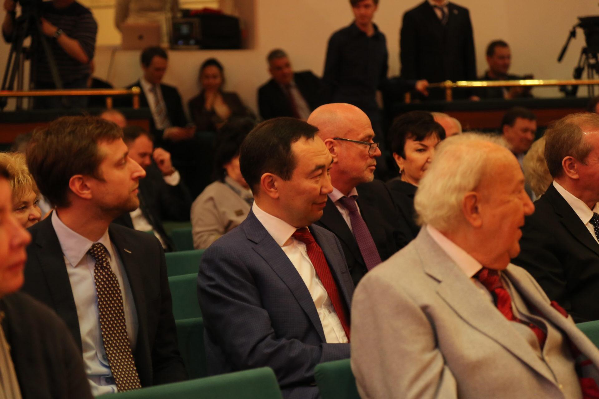 Айсен Николаев принял участие в Общем собрании Комиссии Российской Федерации по делам ЮНЕСКО