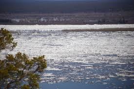 Ледоход в Якутии: есть предпосылки повышения уровня воды в Среднеколымске