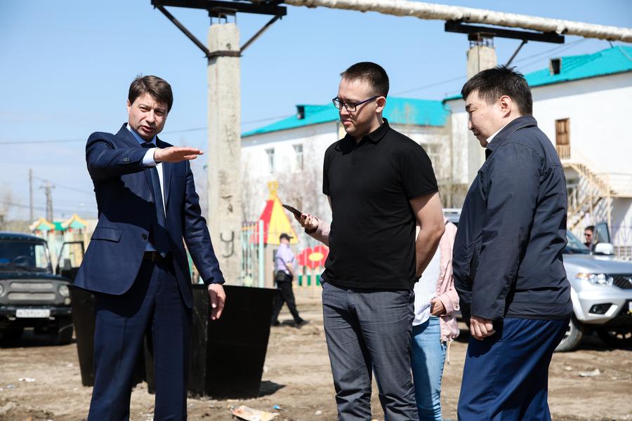 Владимир Федоров: «Региональный оператор обязан вовремя вывозить мусор»
