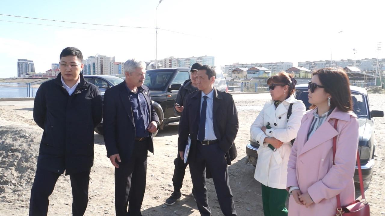 Окружная администрация города Якутска проверила санитарное состояние прибрежной полосы реки Лена