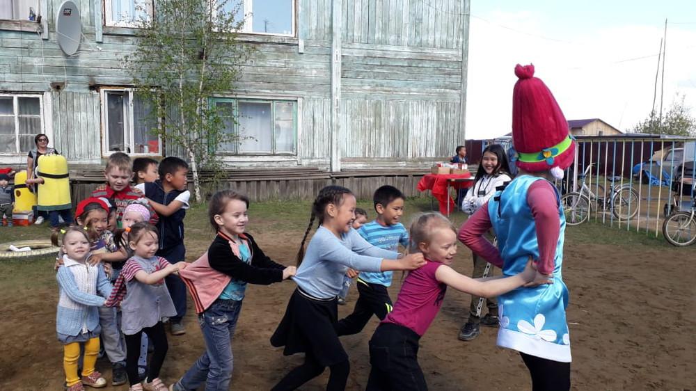 Год Добрососедства: в селе Капитоновка к Международному дню защиты детей организовали мероприятие «В гостях у Розочки»