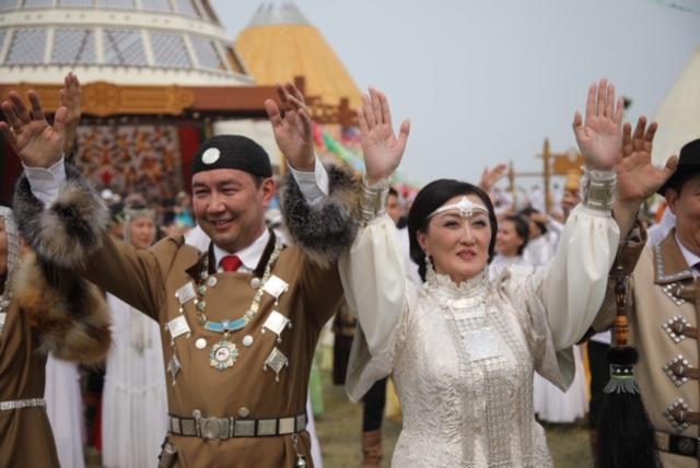 Более 19тысяч человек приняли участие в торжественном открытии «Ысыаха Туймаады – 2019»