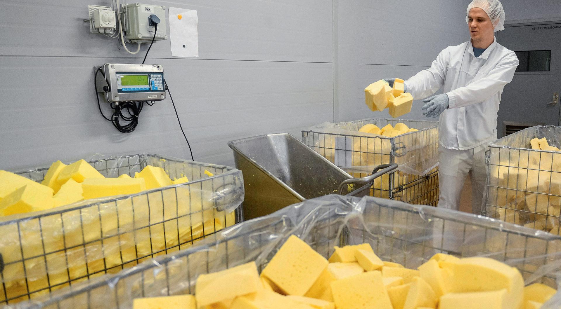 Россельхозбанк отправил российских сыроделов во Францию