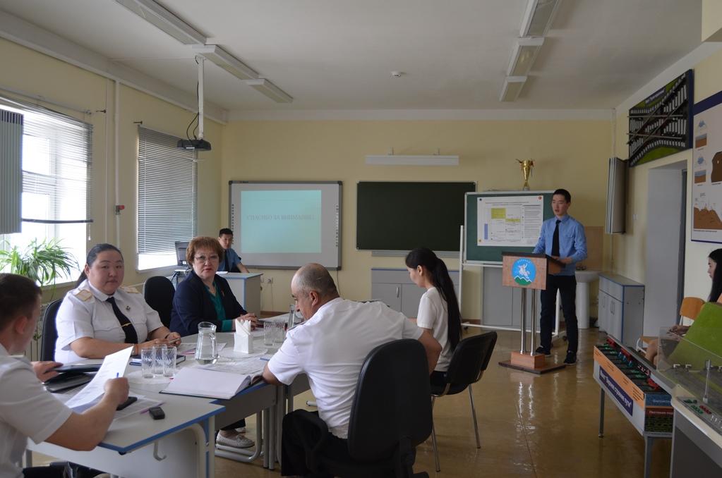 Представители ЖДЯ оценили квалификацию выпускников Транспортного техникума