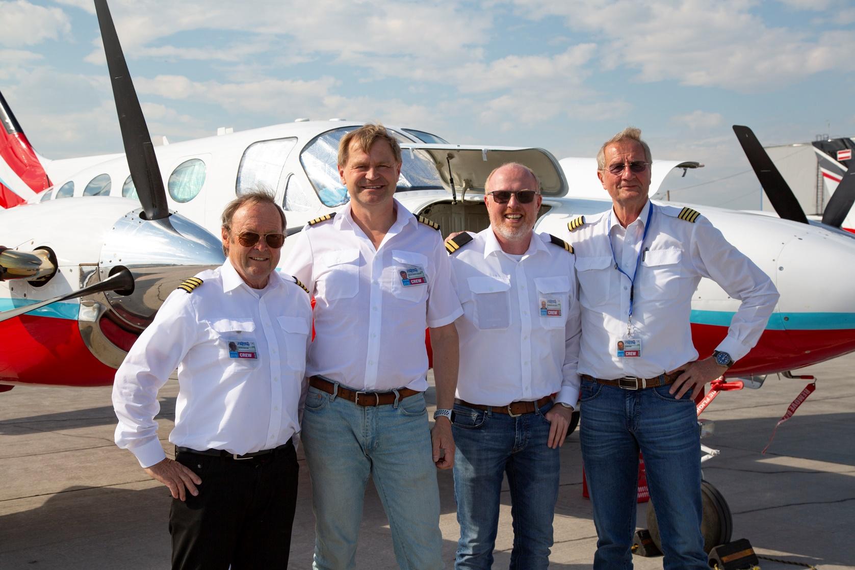 В аэропорт «Якутск» прибыли участники авиаэкспедиции