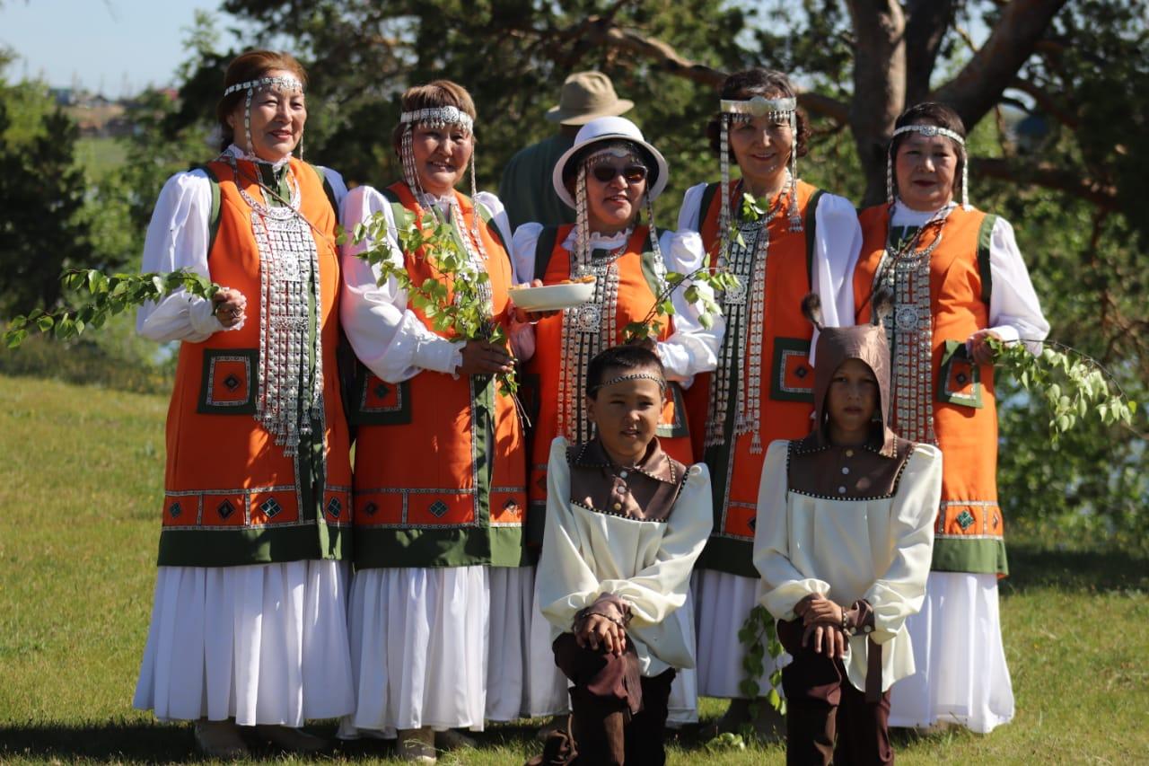 Жители Тулагино-Кильдямского наслега приняли участие в презентации первого туристического маршрута «Энсиэли-тур»