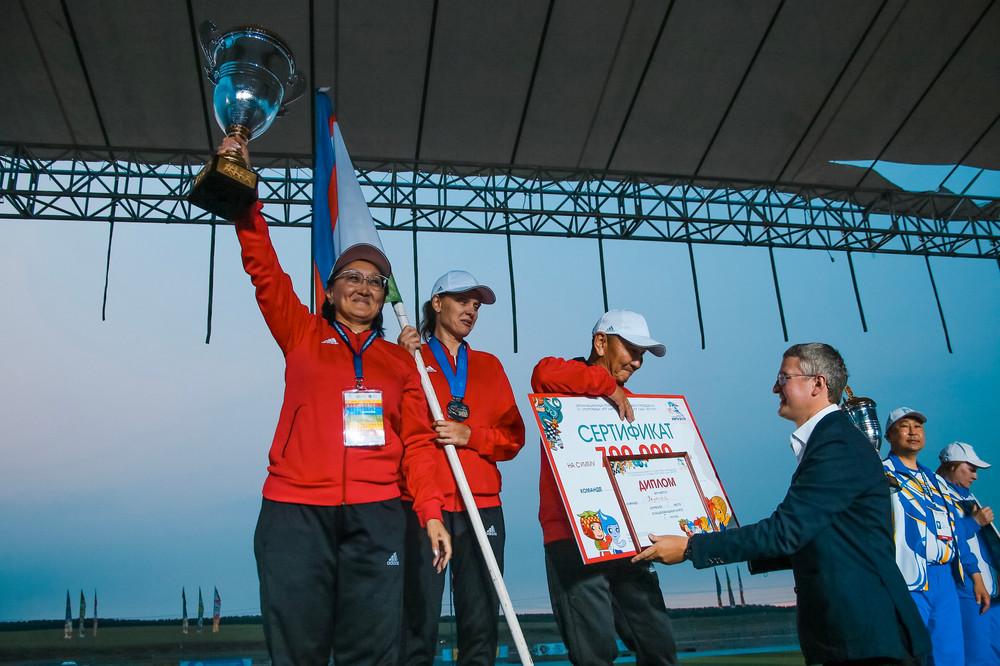 Сборная Якутска чемпион VII Игр народов Республики Саха (Якутия)