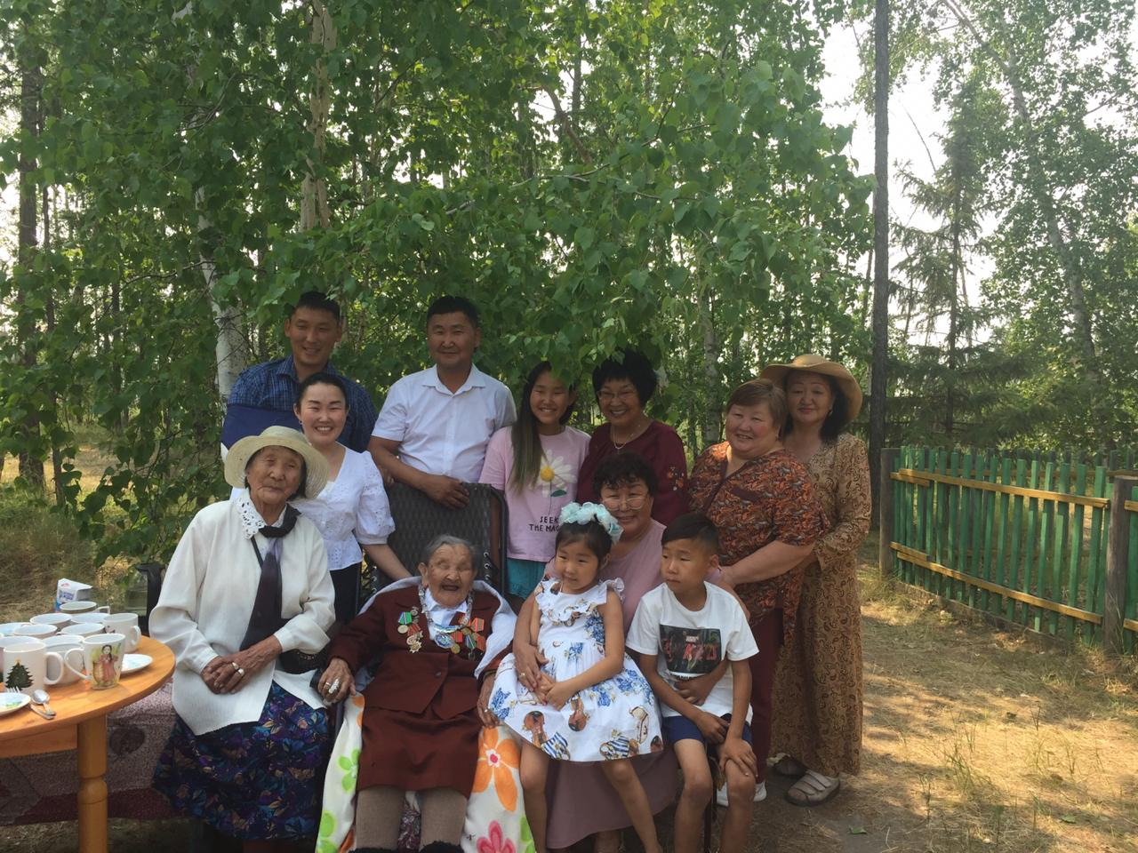 В Усть-Алданском улусе со 100-летием поздравили Пестрякову Ульяну Петровну