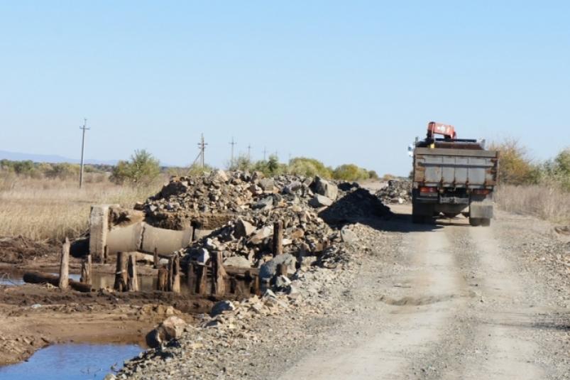 На участке автодороги «Амга» в Усть-Майском районе временно прекращено движение