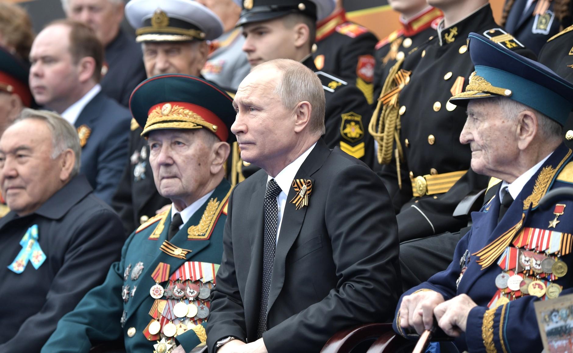 В ознаменование 75-летия Победы Владимир Путин объявил 2020-й Годом памяти и славы