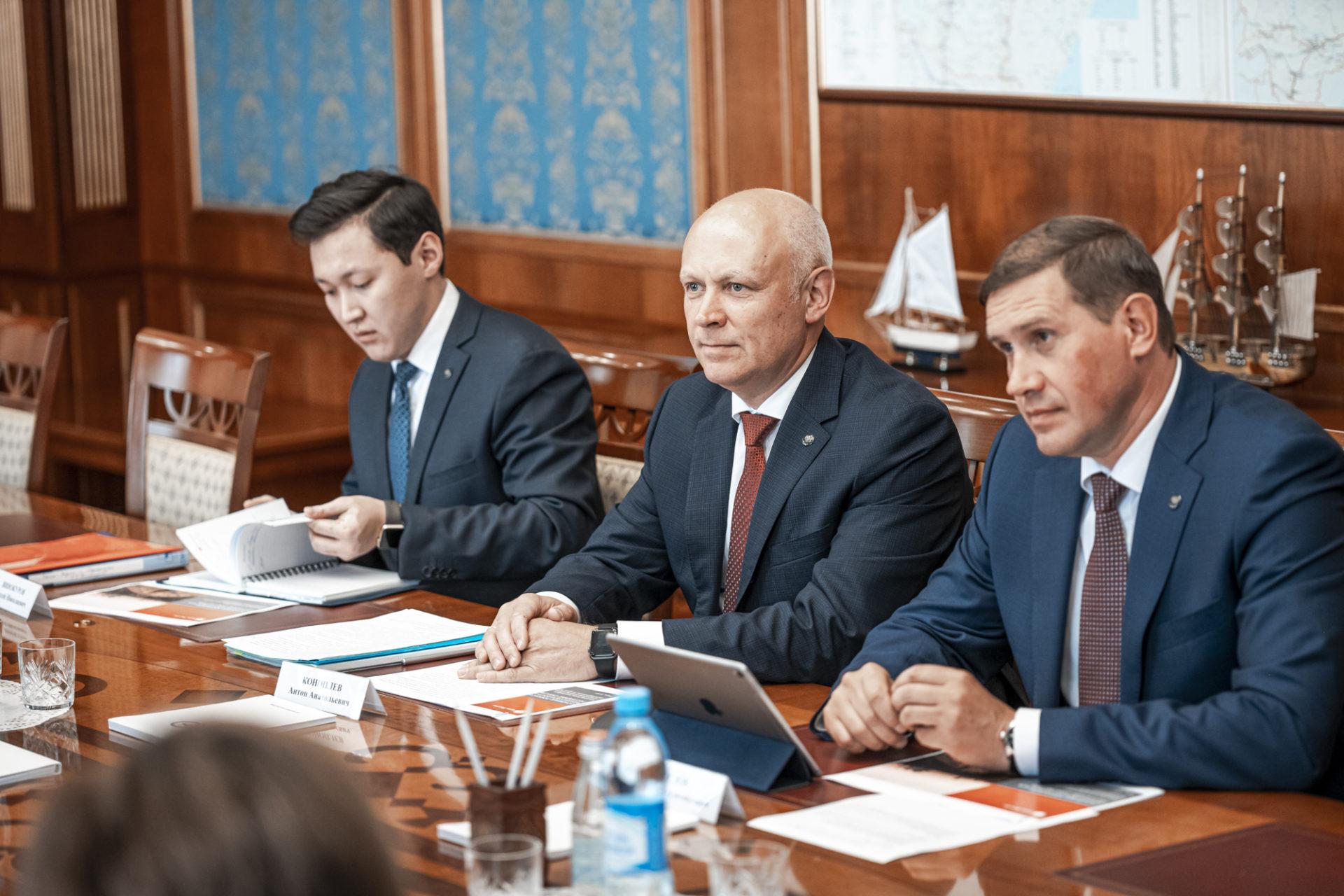 Обсуждено повышение финансовой доступности на территории республики