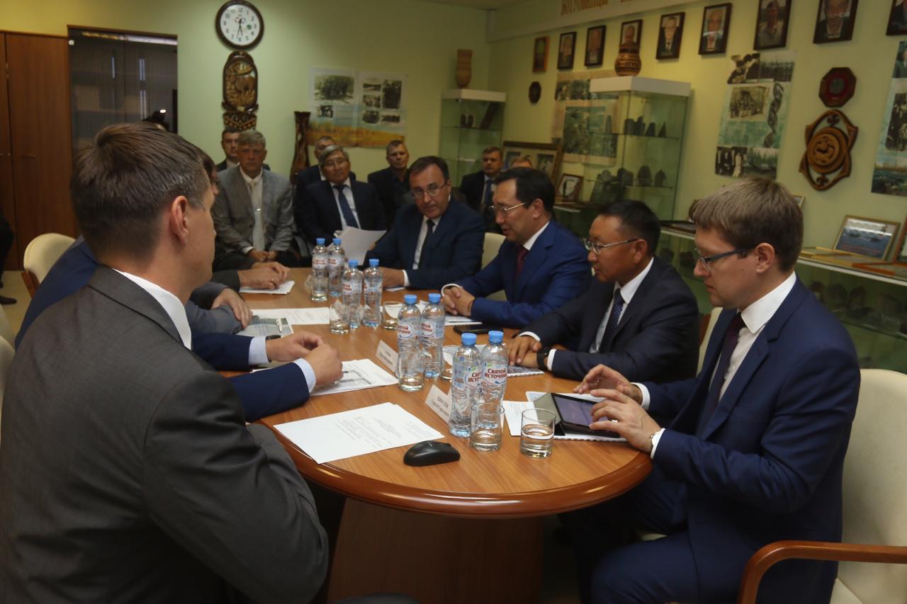 Айсен Николаев указал на необходимость усиления прогнозно-поискового направления в геологоразведке