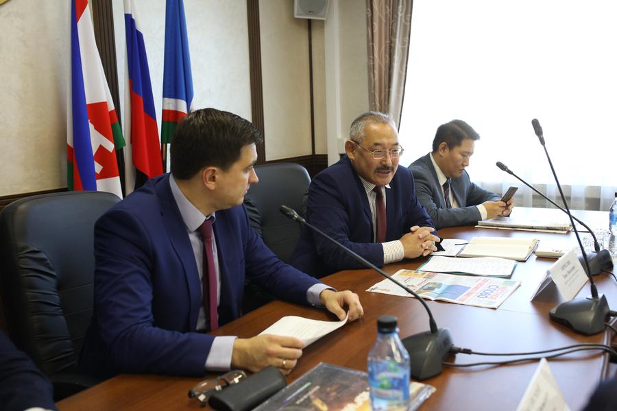 Павел Кириллин встретился с делегацией города Новосибирска