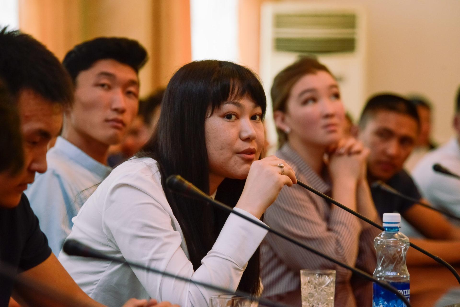 Состоялась официальная встреча студентов якутских вузов с Послом Киргизской Республики