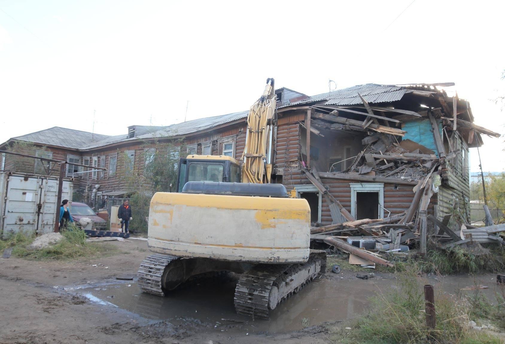 Якутия получит дополнительные средства на расселение аварийного жилья