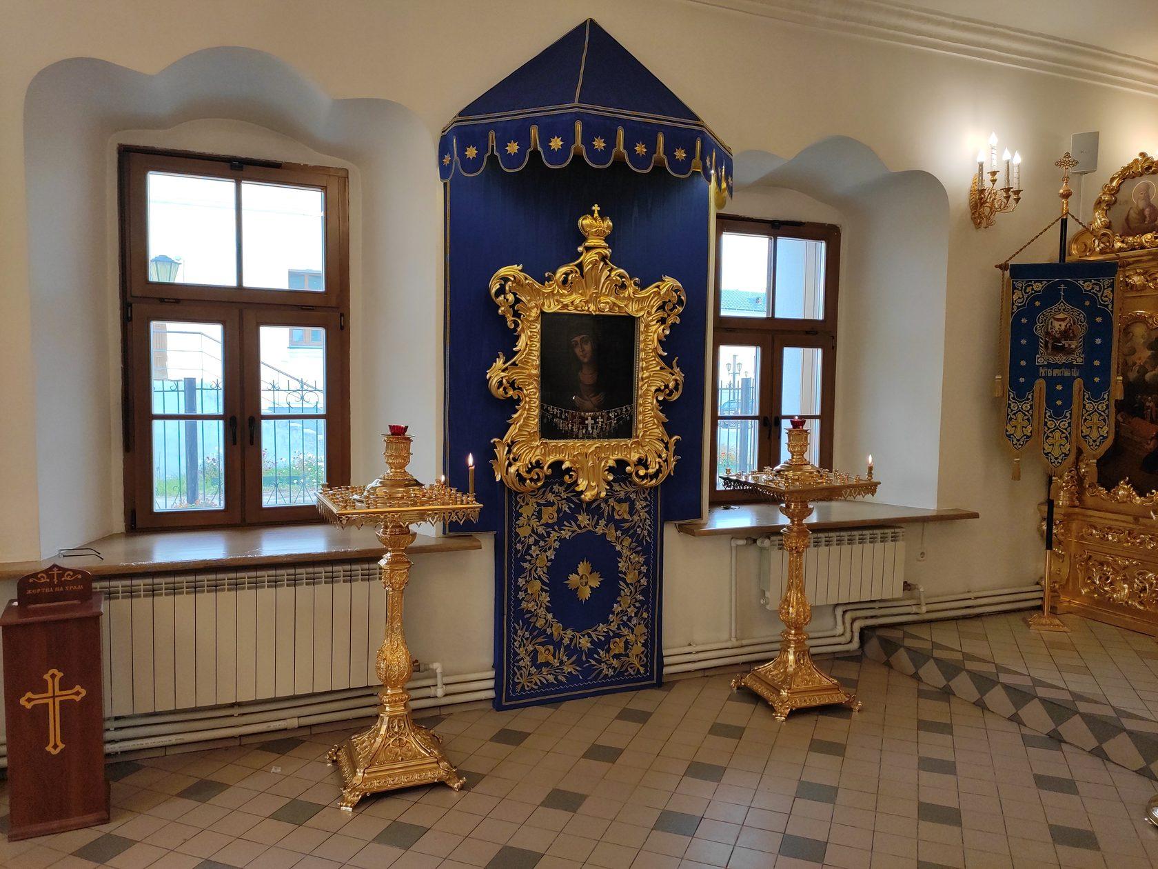 В Якутске собирают средства на восстановление уникального иконостаса
