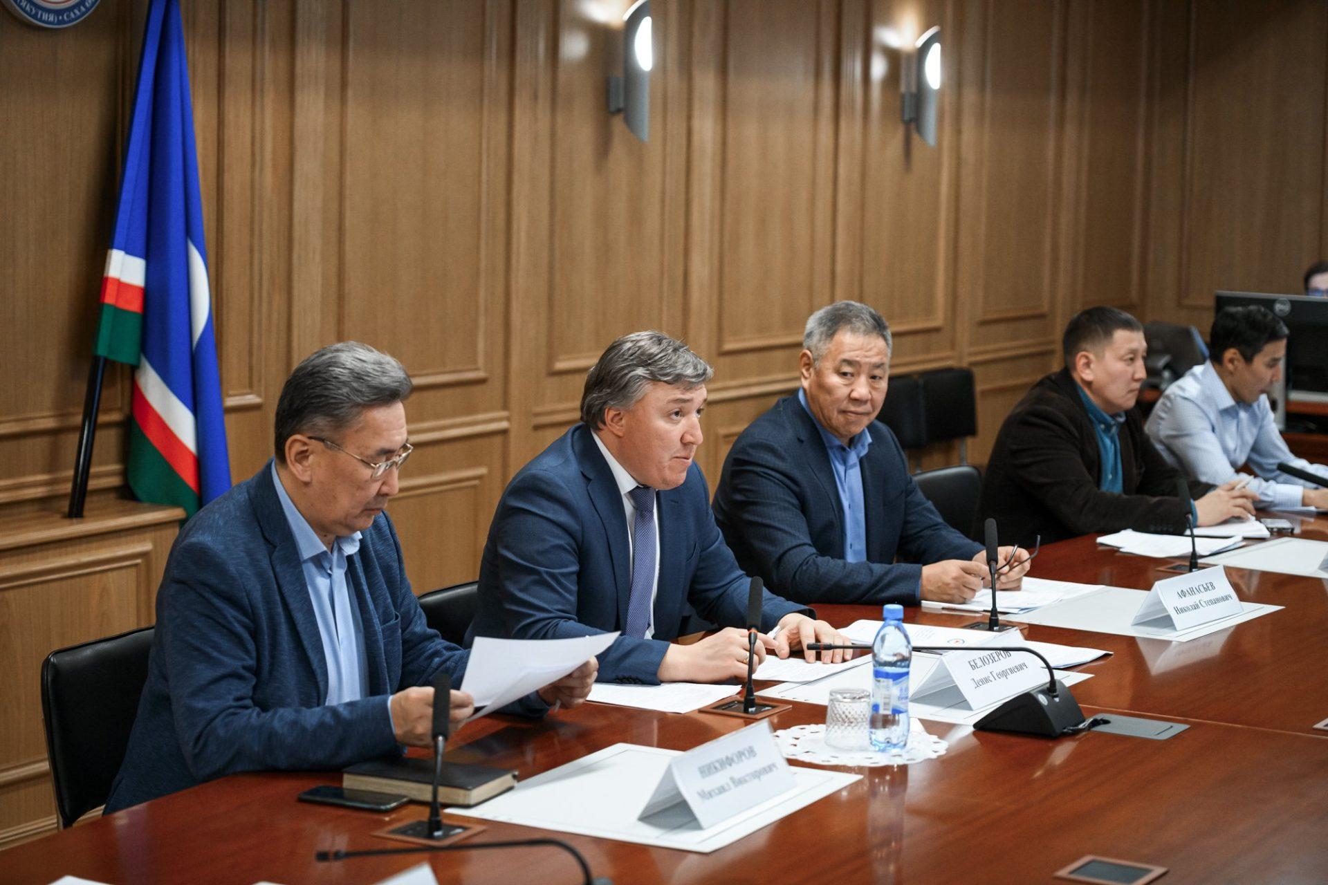 Власти Якутии рассмотрели вопрос организации устойчивой зимовки скота и лошадей