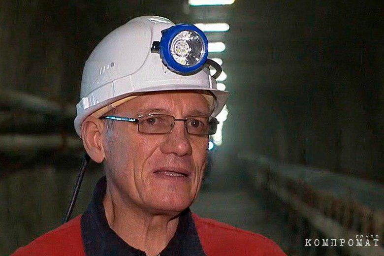 «Начальник рудника «Мир» повесился в камере СИЗО на резинке от штанов»