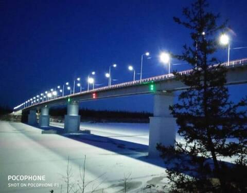 На мосту через реку Марха зажглись фонари