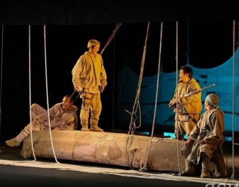Саха театр им. Ойунского открыл 114-й театральный сезон спектаклем «Желанный голубой берег мой…»