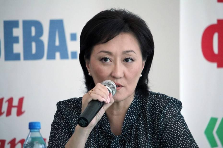 Сардана Авксентьева встретилась с руководителями УК «Юнион»