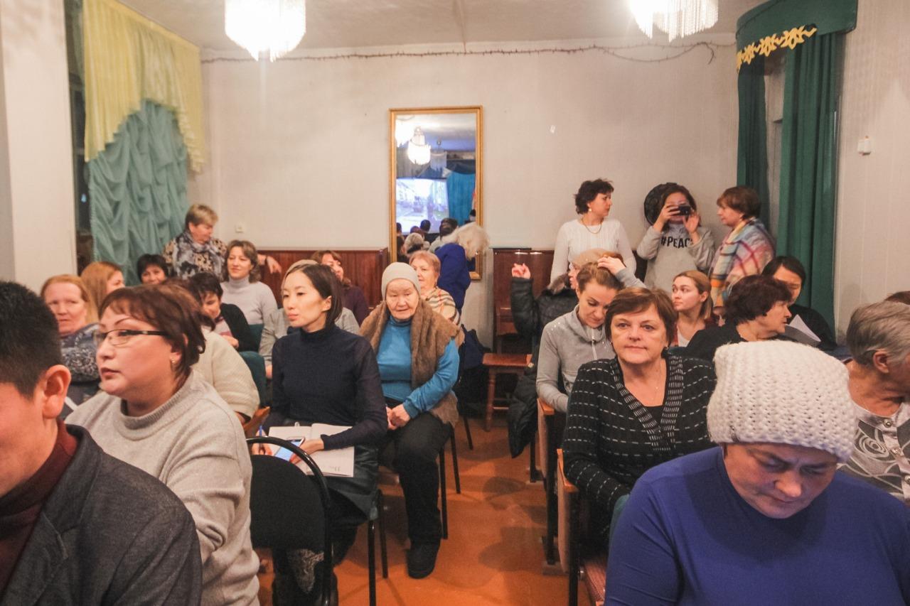Максим Трофимов провел отчет Окружной администрации перед населением в Табаге