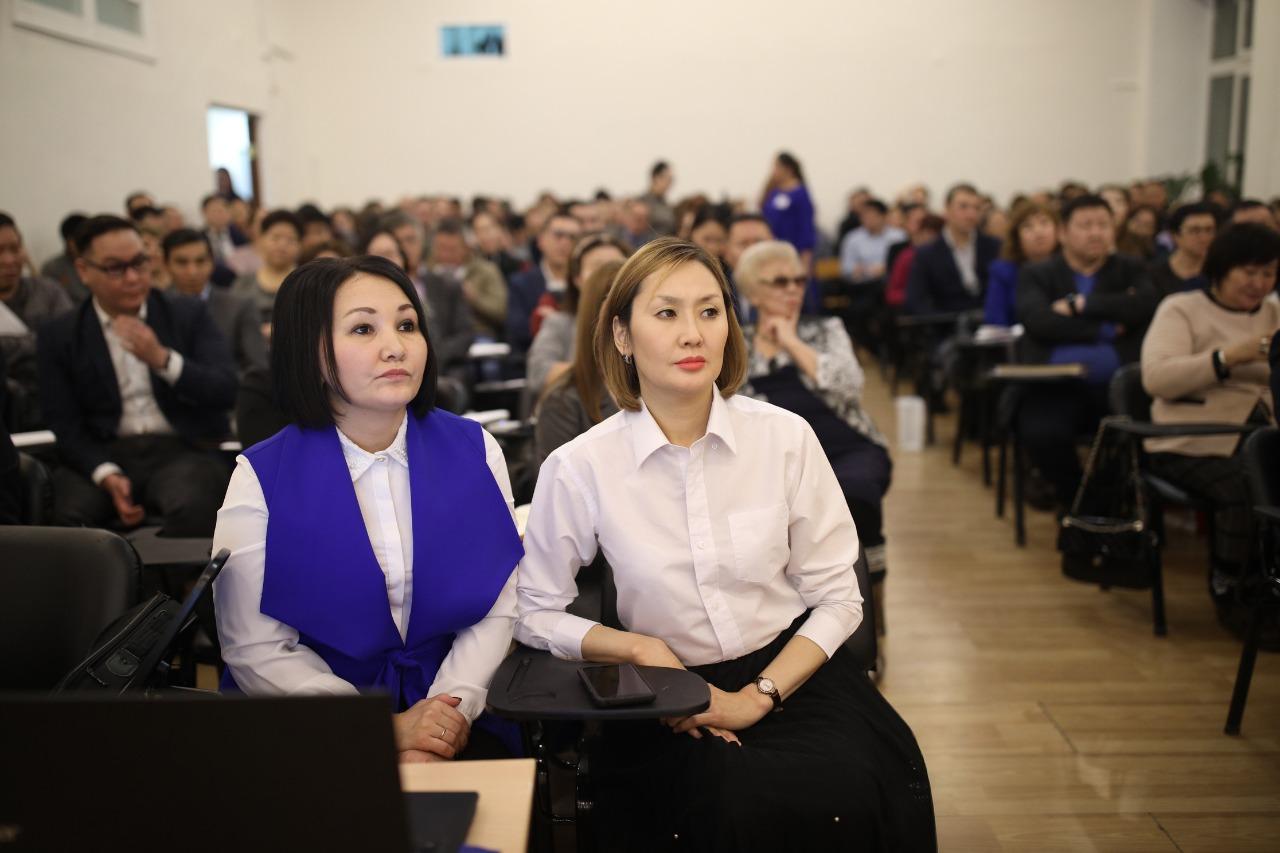 Онлайн-трансляция отчета Окружной администрации города Якутска за 2019 год перед населением в селе Хатассы начнется в 16 часов