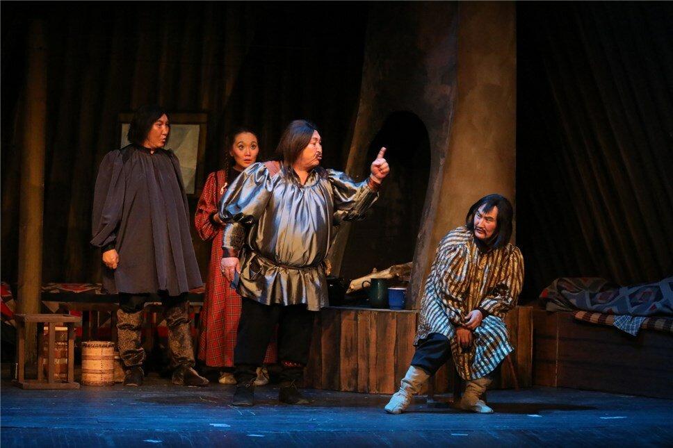 Якутский театр оперы и балета лишился реквизитов и костюмов спектакля «Тиэтэйбит»