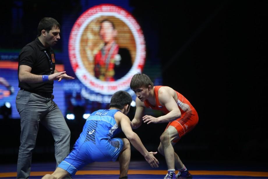 На международном турнире памяти Романа Дмитриева сразятся борцы из десятка стран