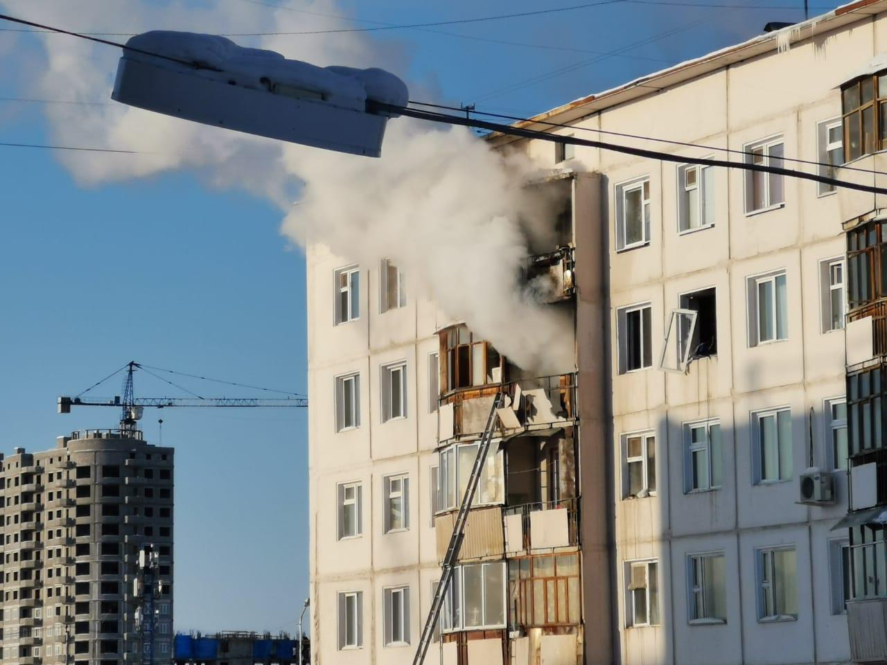 Городские власти оказывают помощь пострадавшим от пожара в доме по ул. Ярославского