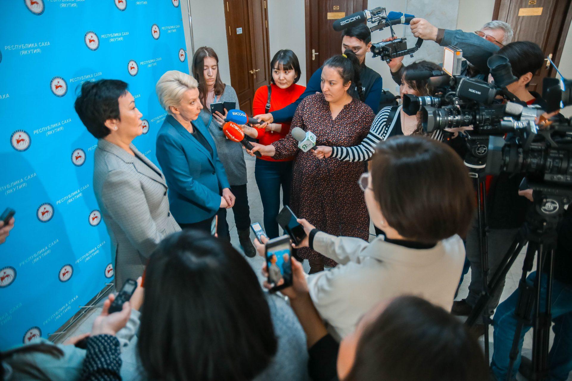 Глава Якутии объявил режим повышенной готовности в связи со сложной эпидемиологической ситуацией в стране
