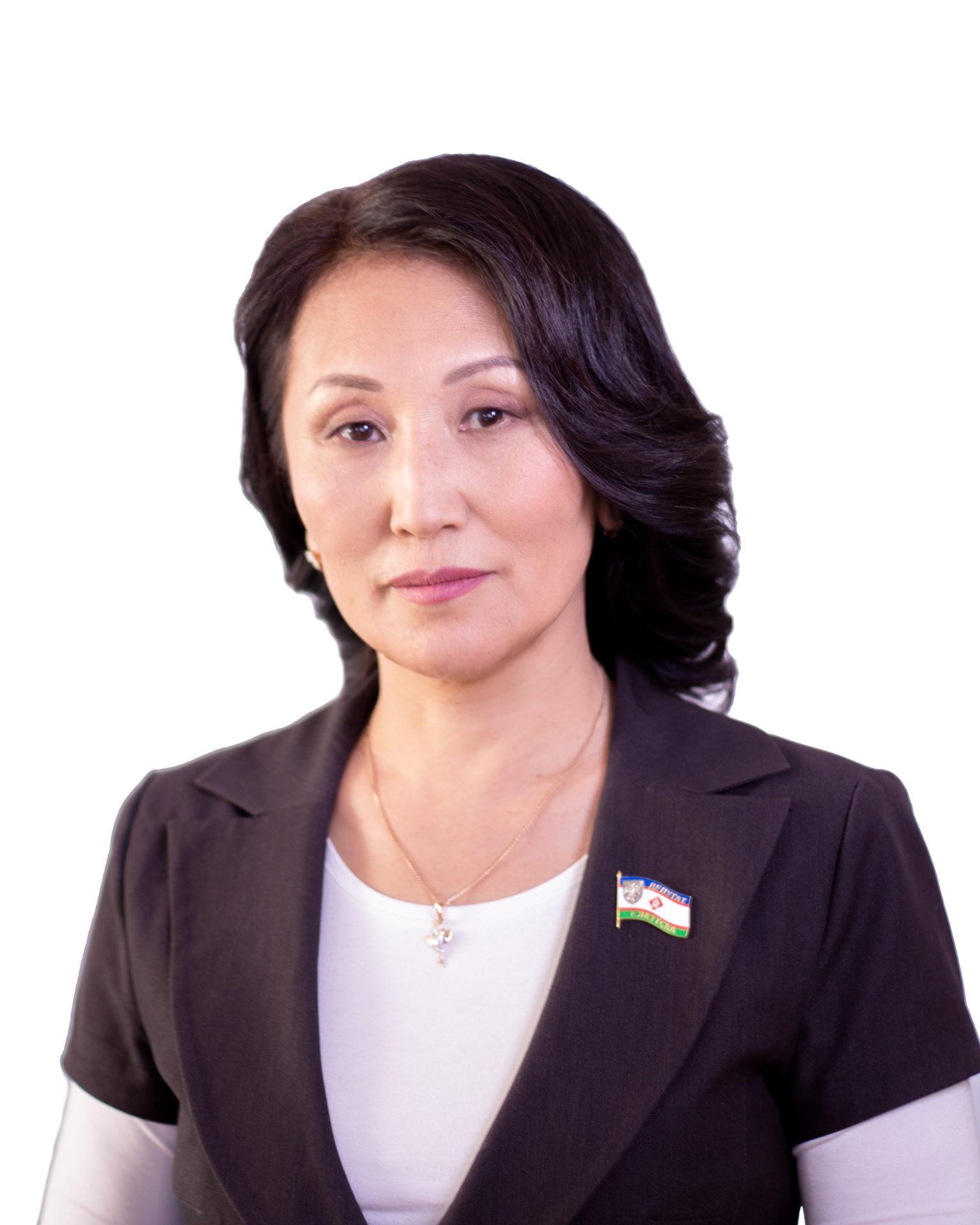 Эсеры сменили Сулустаану Мыраан  на  «доктора Веру»