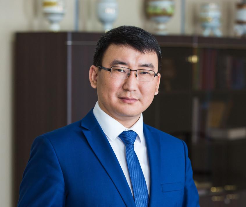 Сергей Местников назначен и.о. вице-премьера Якутии