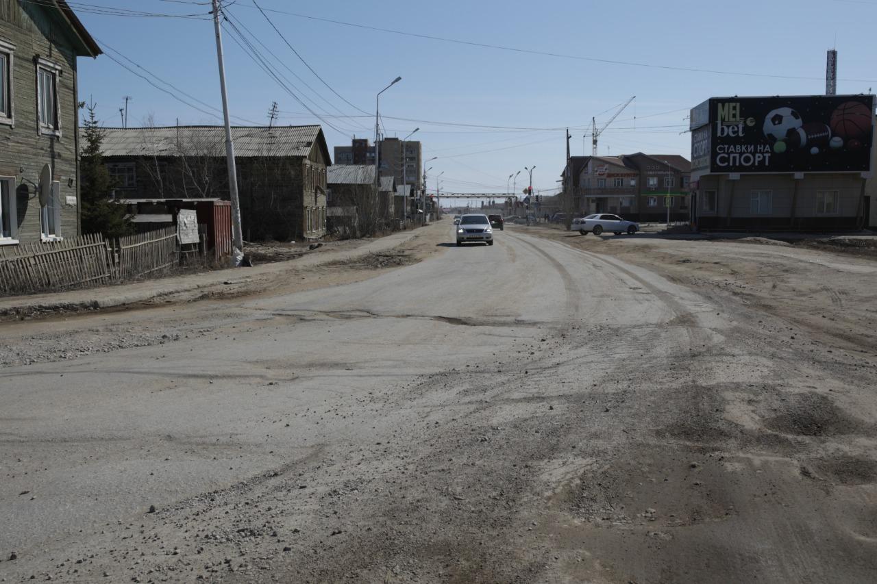 В Сайсарском округе отремонтируют улицы Лонгинова, Кеши Алексеева, кольцевую развязку ГИМЕИН и подъездную дорогу к микрорайону «Три Сосны»