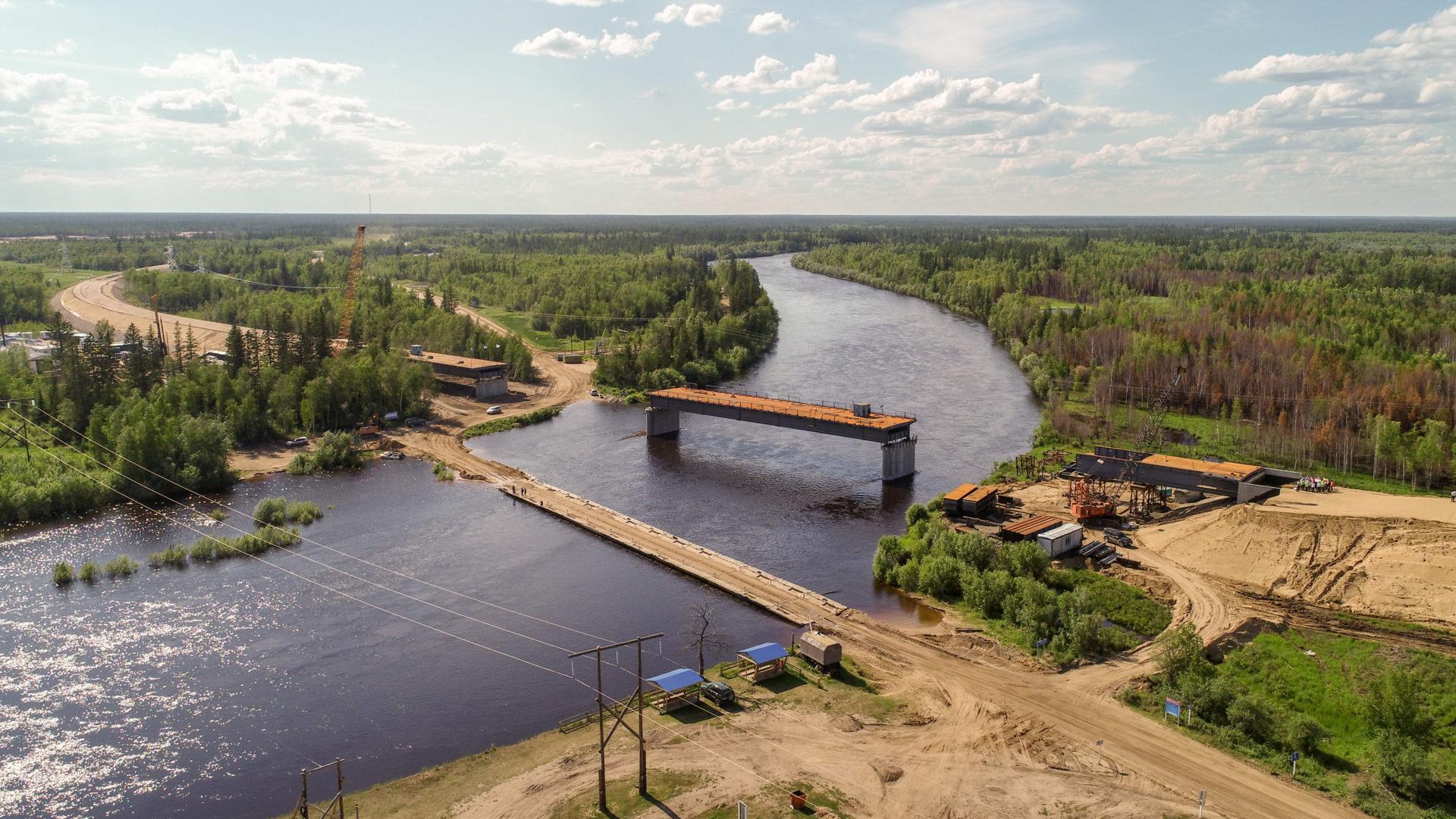 Готовность мостового перехода через р. Тюкян на трассе «Вилюй» на границе двух улусов составляет 50%