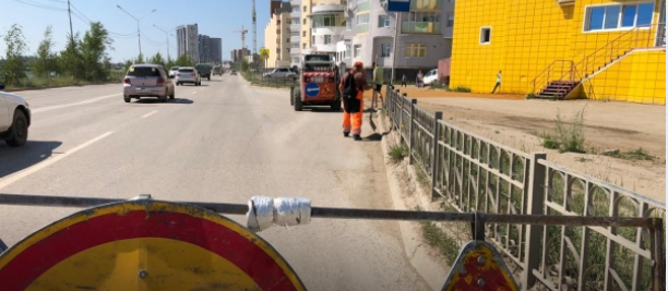 Плановая уборка пыли и ямочный ремонт улиц в Якутске 30 июля