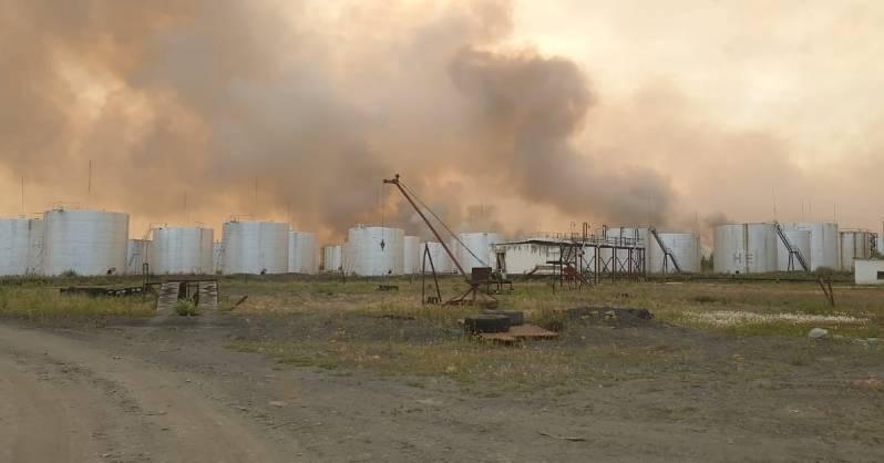 Угрозы объектам нефтебазы в Верхоянском районе нет