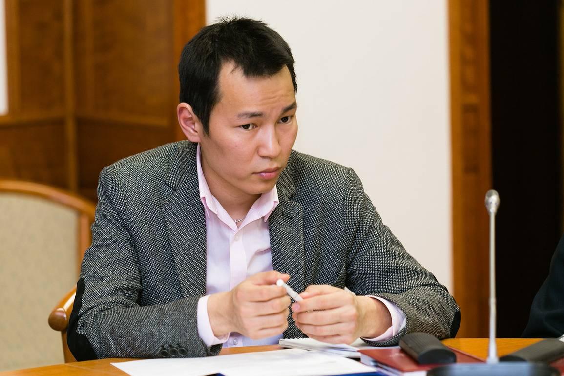 Кумаланы якутского парламента