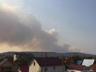 Близ Якутска тушат лесной пожар в районе 15 км Вилюйского тракта