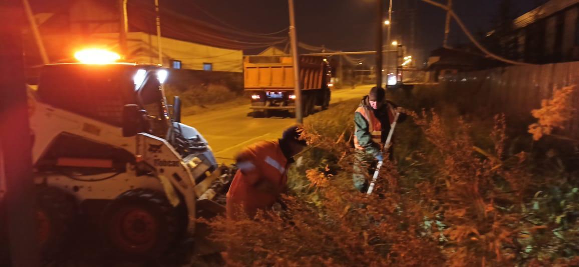 Плановая уборка пыли и ямочный ремонт улиц в Якутске